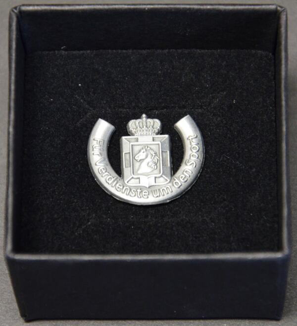 Ehrennadel für Verdienste um den Sport